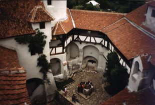 The town of Bran and the Dracula castle 2