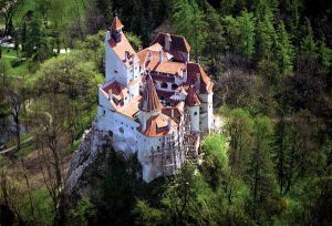 The town of Bran and the Dracula castle 1