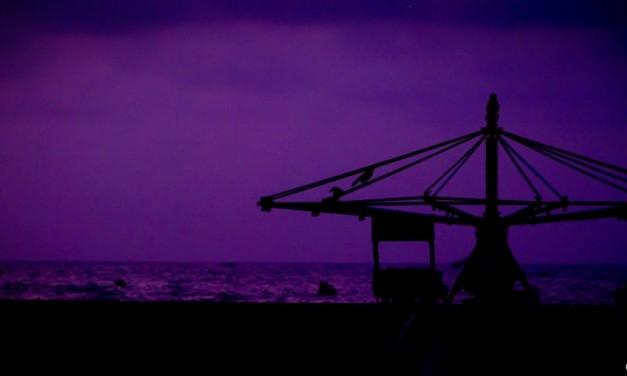 Chennai-scape: Silhouettes at Marina Beach