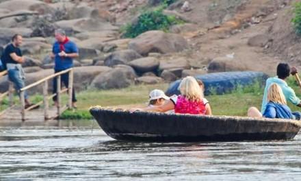Hampi Diaries – The Coracle Ride Across Tungabhadra
