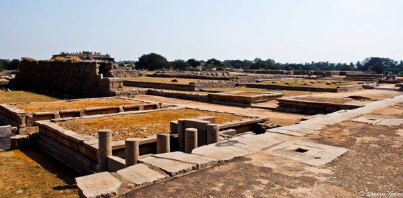 Hampi_Diaries_Guided_Tour-Royal_Court