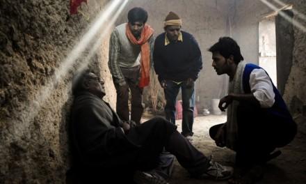 Deswa (2011) [Bhojpuri] – Sonnet of a Lost Generation