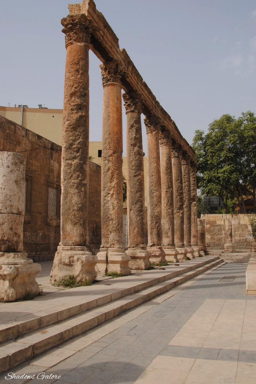 Pillars in the outer compound