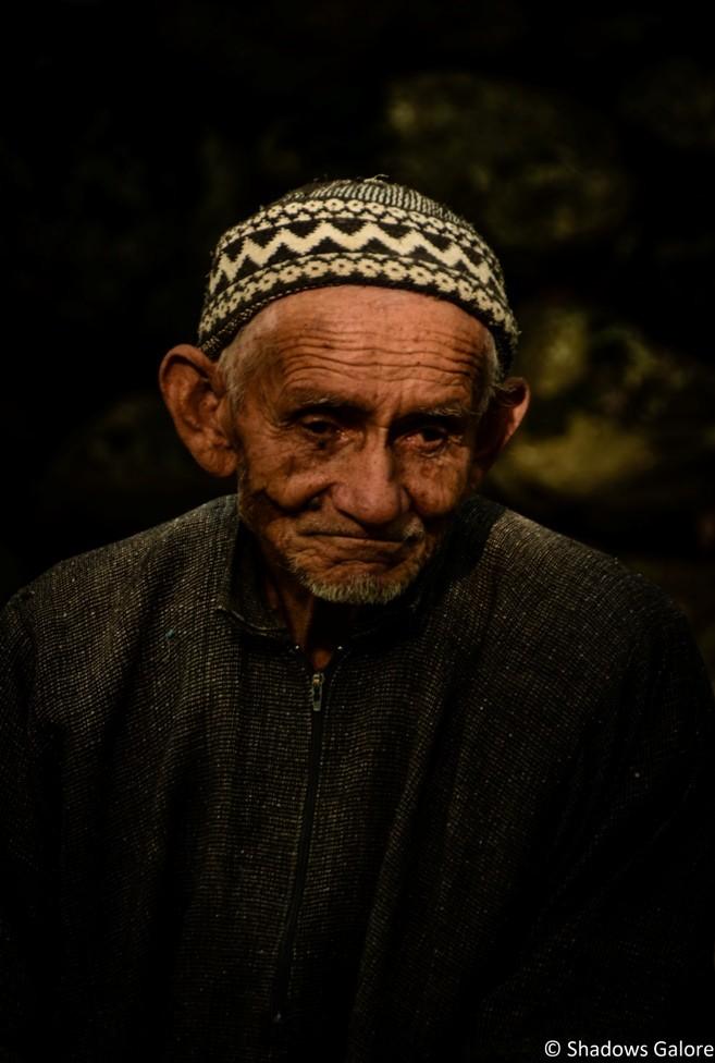 Kashmiri Old Man near Wusan